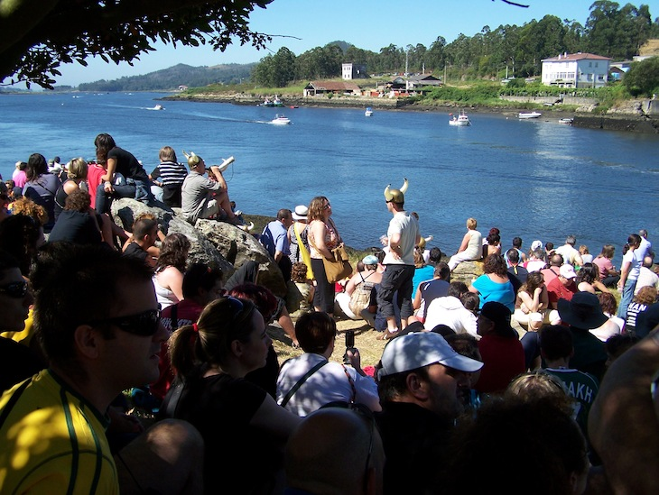 À espera dos Vikings em Catoira, na Galiza