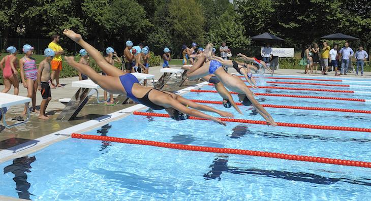 Piscinas ao ar livre portugal viaje comigo for Horario piscina vila real
