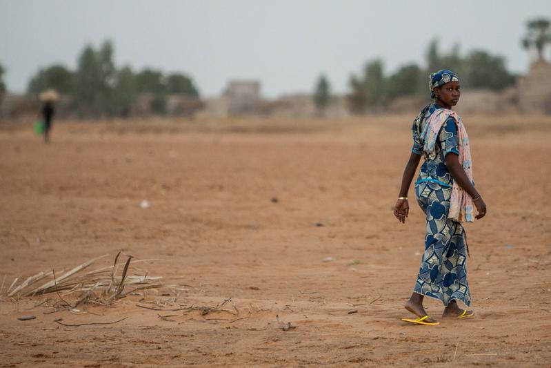 Na margem do rio Níger