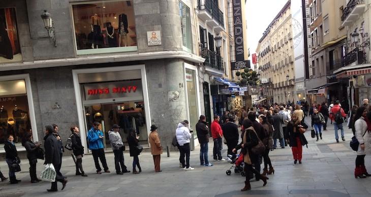 Madrid, fila para jogar da lotaria