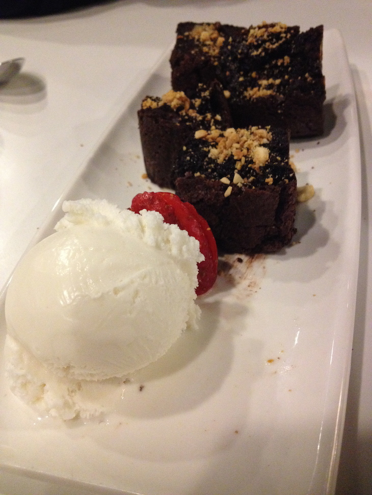 Flash Flash - Brownie de chocolate e gelado de baunilha