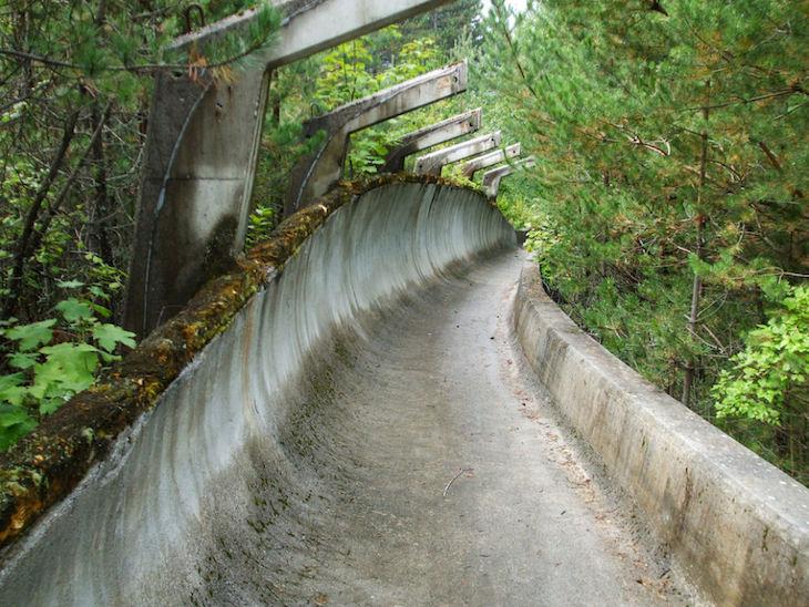 Pistas de bobsleigh, em Sarajevo