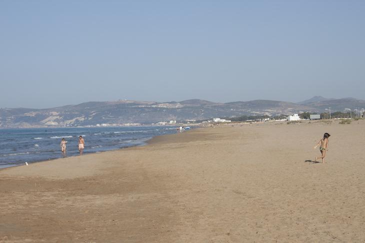 Saidia praia crianca