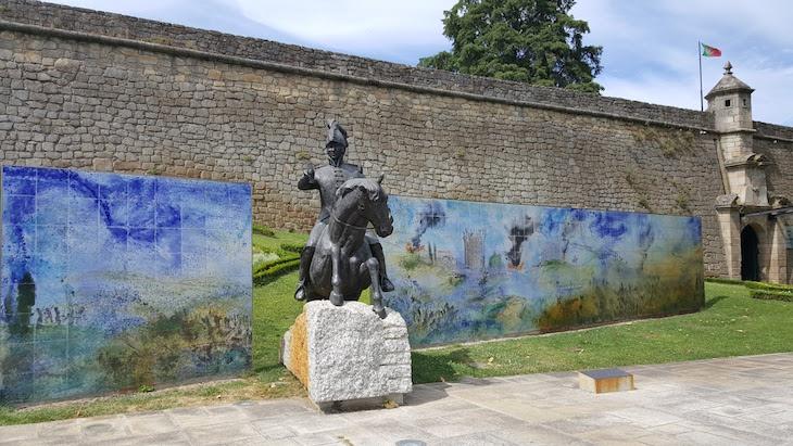 Painel no Forte de São Francisco, Chaves © Viaje Comigo