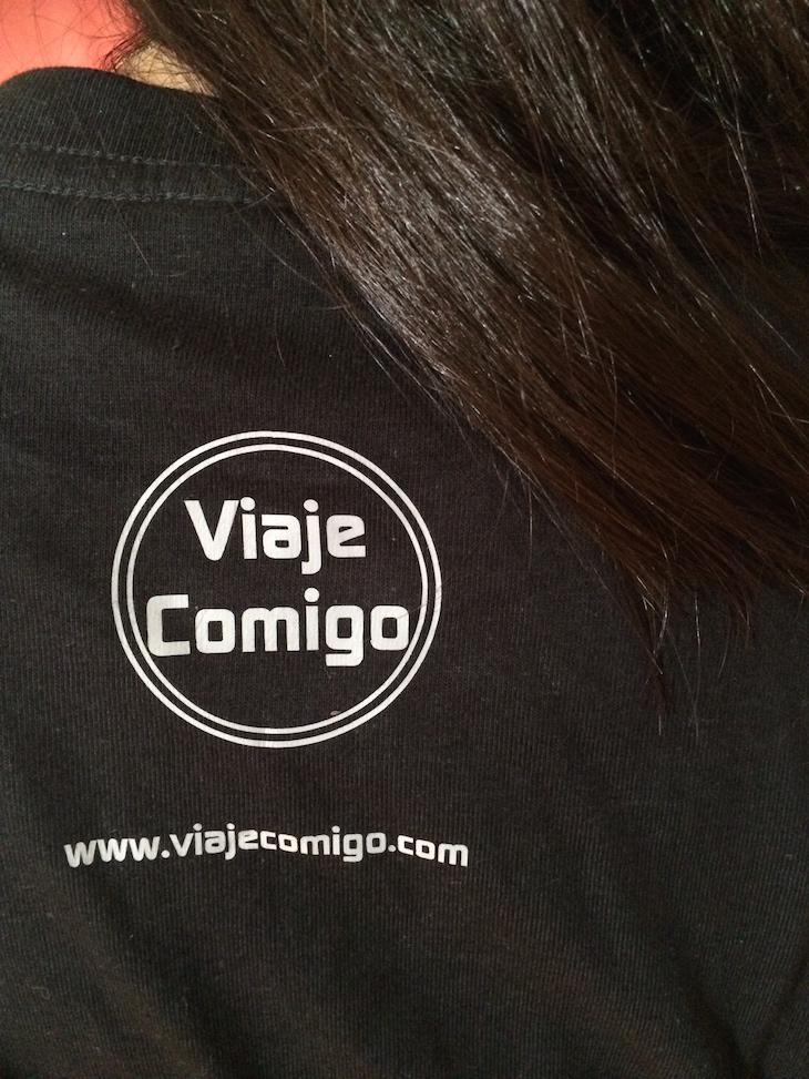Costas das t-shirts Viaje Comigo - brevemente disponível