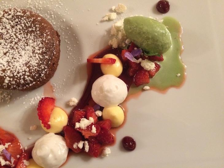 Sobremesa no restaurante Largo do Paço - Casa da Calçada, Amarante © Viaje Comigo
