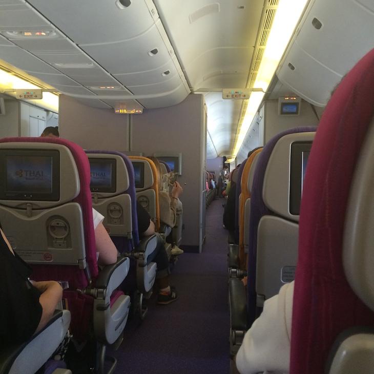 Dentro do avião da Thai @ Viaje Comigo 1