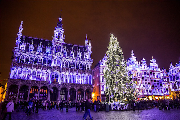 Árvore de Natal em Bruxelas © Viaje Comigo