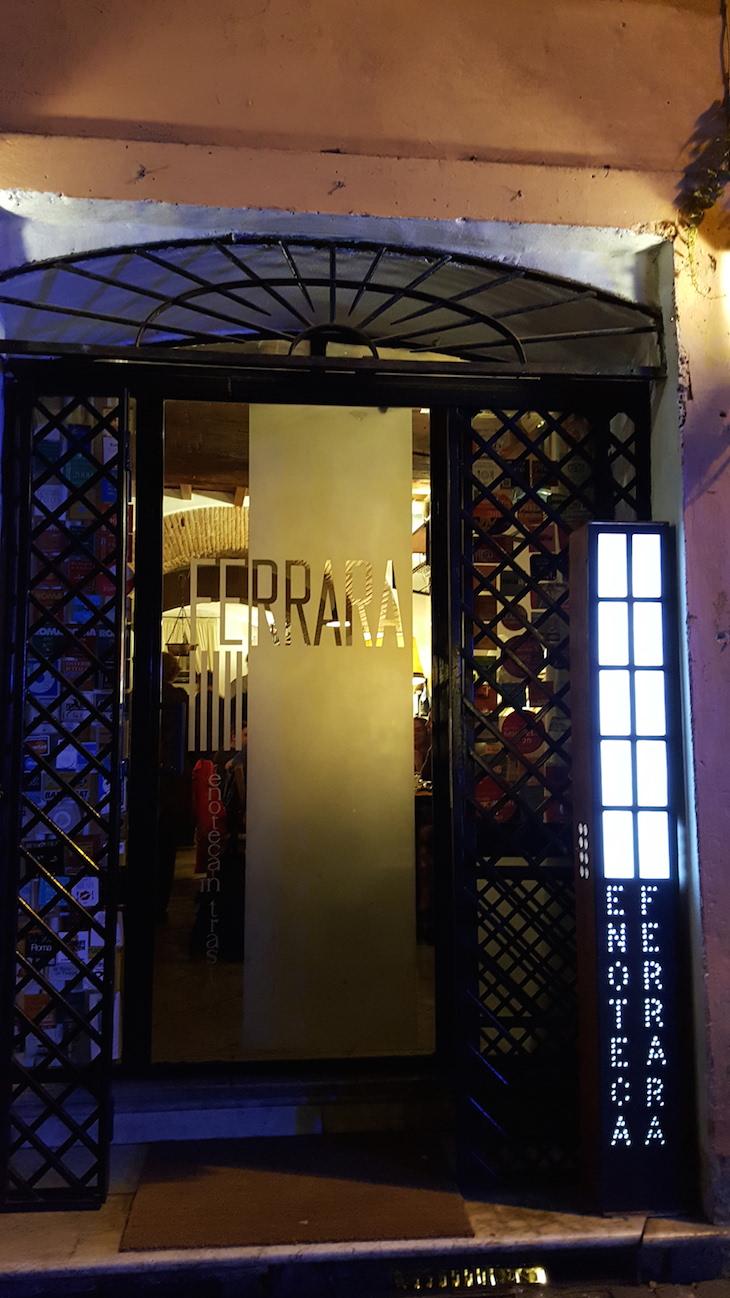 Entrada da Enoteca Ferrara, Trastevere Food Tour,Roma © Viaje Comigo