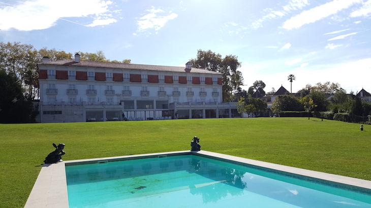 Vista da piscina Pousada Condeixa Coimbra © Viaje Comigo