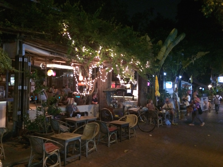 Bares perto de Kao San Road Banguecoque - Tailândia © Viaje Comigo