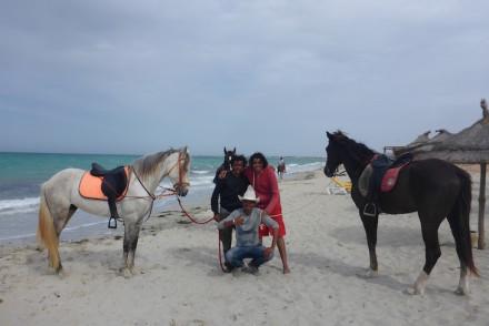 Cavalos na praia - Vincci Djerba Resort © Viaje Comigo