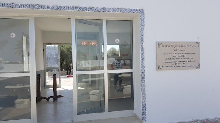 Sala de revista - Sinagoga La Ghriba, Djerba, Tunísia © Viaje Comigo