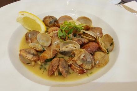 Amêijoas no restaurante Dunas Douradas Beach Club © Viaje Comigo