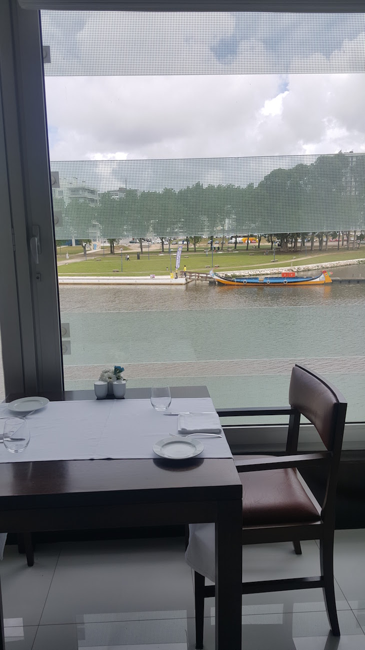 Vista do Restaurante do Meliá Ria Hotel & Spa, Aveiro © Viaje Comigo
