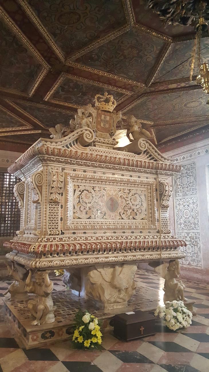 Túmulo de Santa Joana Princesa © Viaje Comigo