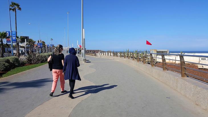 Na marginal de Casablanca - Marrocos © Viaje Comigo