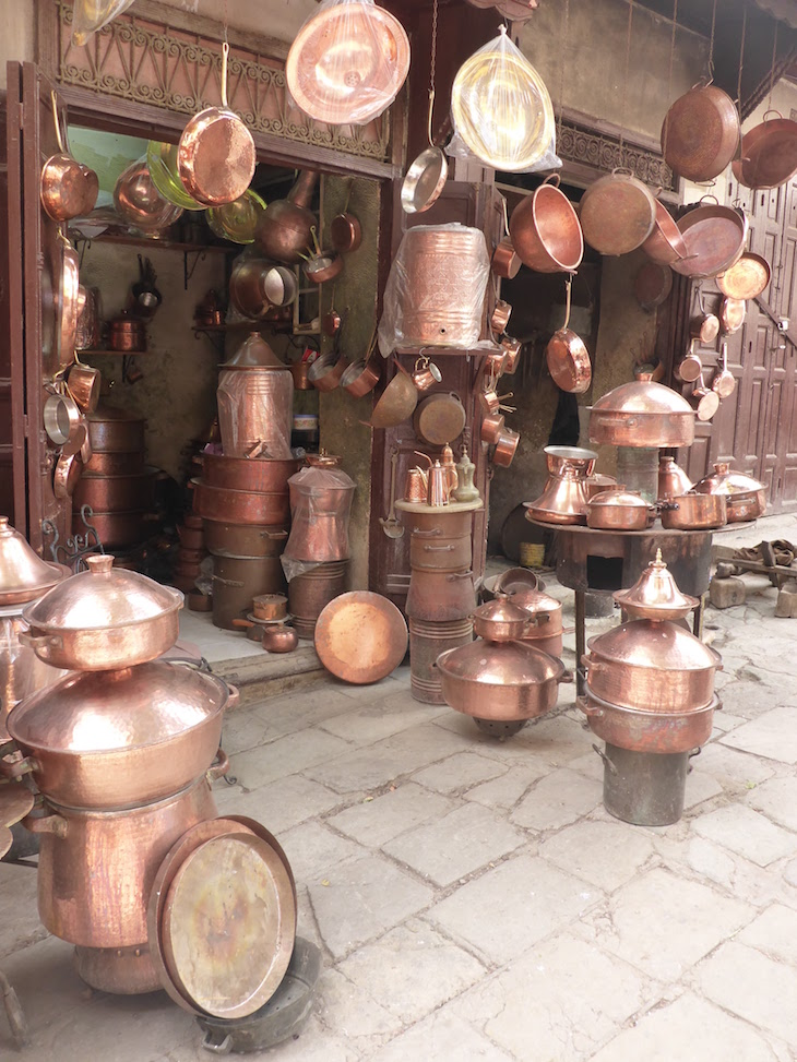 Sou dos metais na medina de Fez - Marrocos @ Viaje Comigo