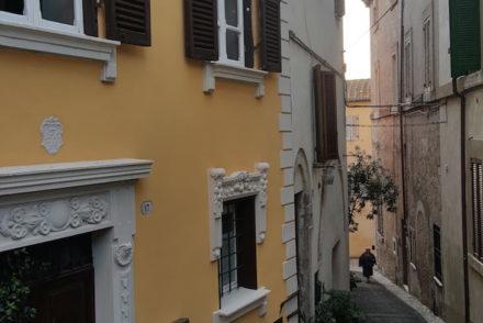 Ruas de Amelia - Itália © Viaje Comigo