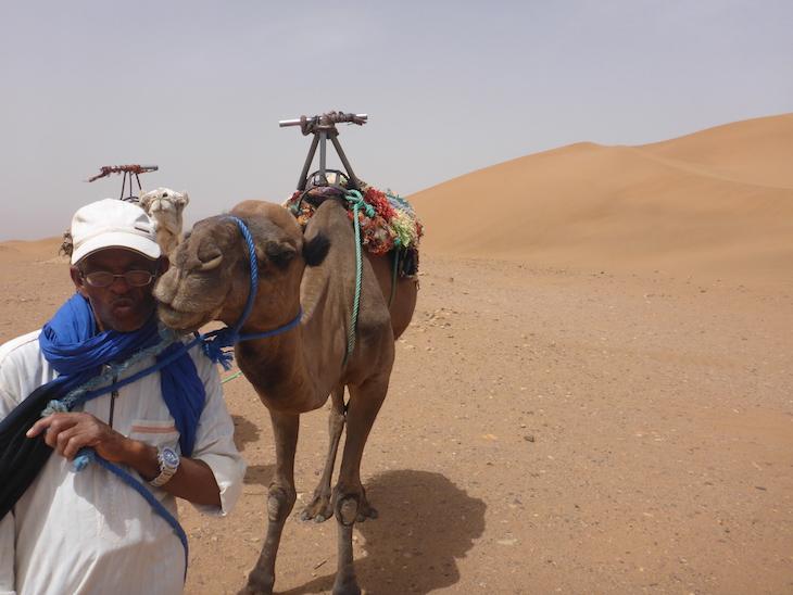 Dunas de Tinfou, Marrocos © Viaje Comigo