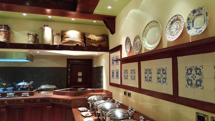 Buffet no restaurante Varanda - Polana Serena Hotel - Maputo © Viaje Comigo