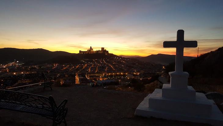 Vista para Fortaleza de la Mota - Alcalá la Real, Espanha © Viaje Comigo