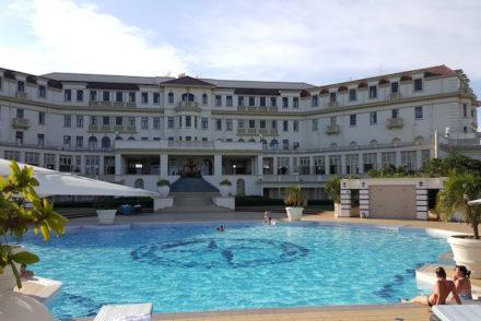Piscina do Polana Serena Hotel, Maputo © Viaje Comigo