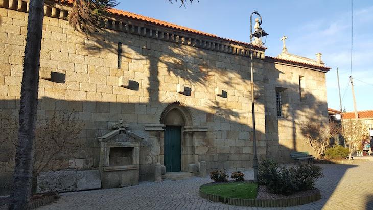 Igreja da Aldeia de Barcos - Tabuaço © Viaje Comigo