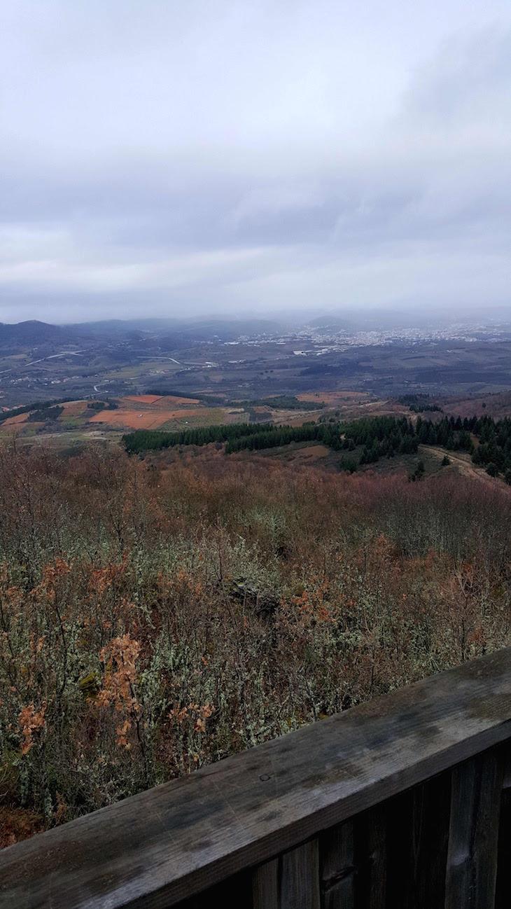 Posto de vigia - Passeio na Serra de Bornes - Macedo de Cavaleiros © Viaje Comigo