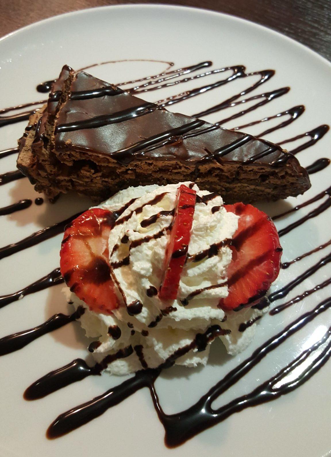 Melhor Bolo de Chocolate do Mundo © Viaje Comigo