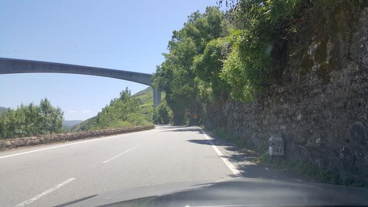 Sinal da Estrada Nacional 222 © Viaje Comigo
