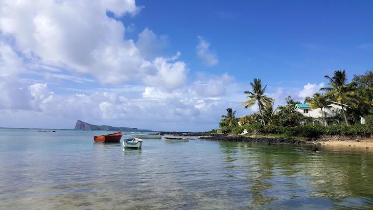 Praia do Coin de Mire Attitude Hotel, Ilha Maurícia © Viaje Comigo
