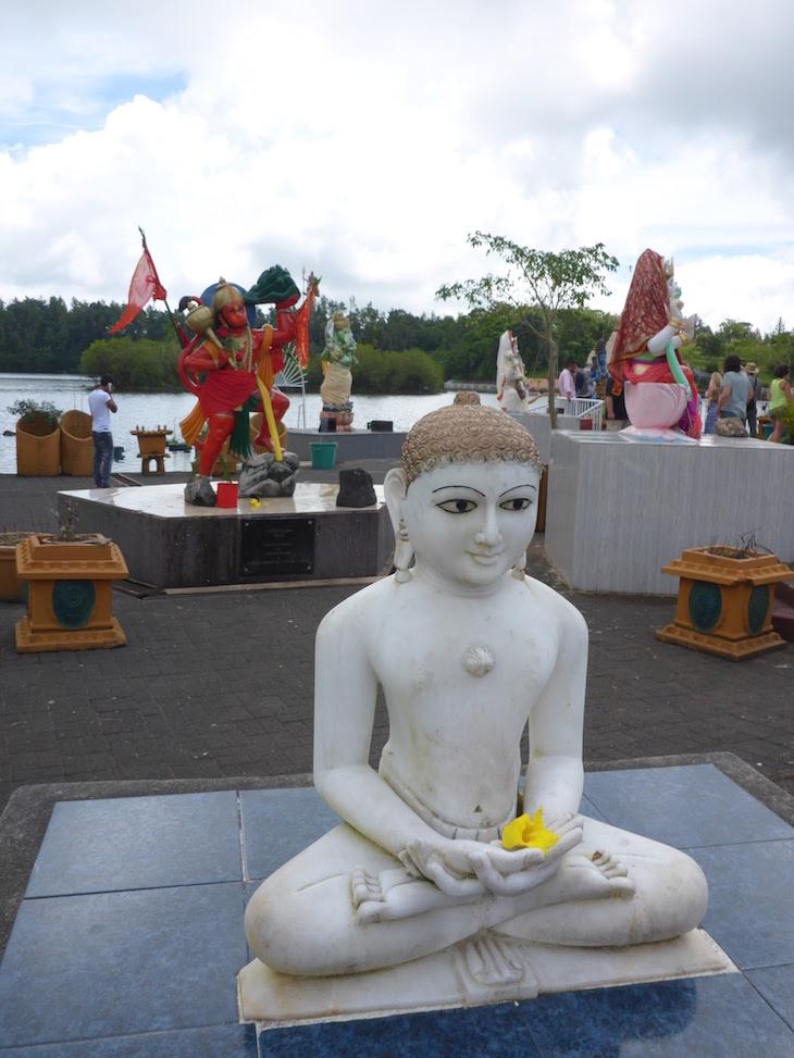 Lord Mohair - Jain God - Templo Ganga Talao - Ilhas Mauricias © Viaje Comigo