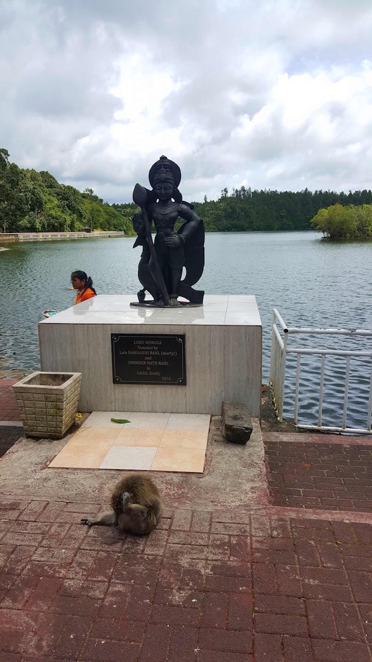 Lord Muruga - Templo Ganga Talao - Ilhas Mauricias © Viaje Comigo