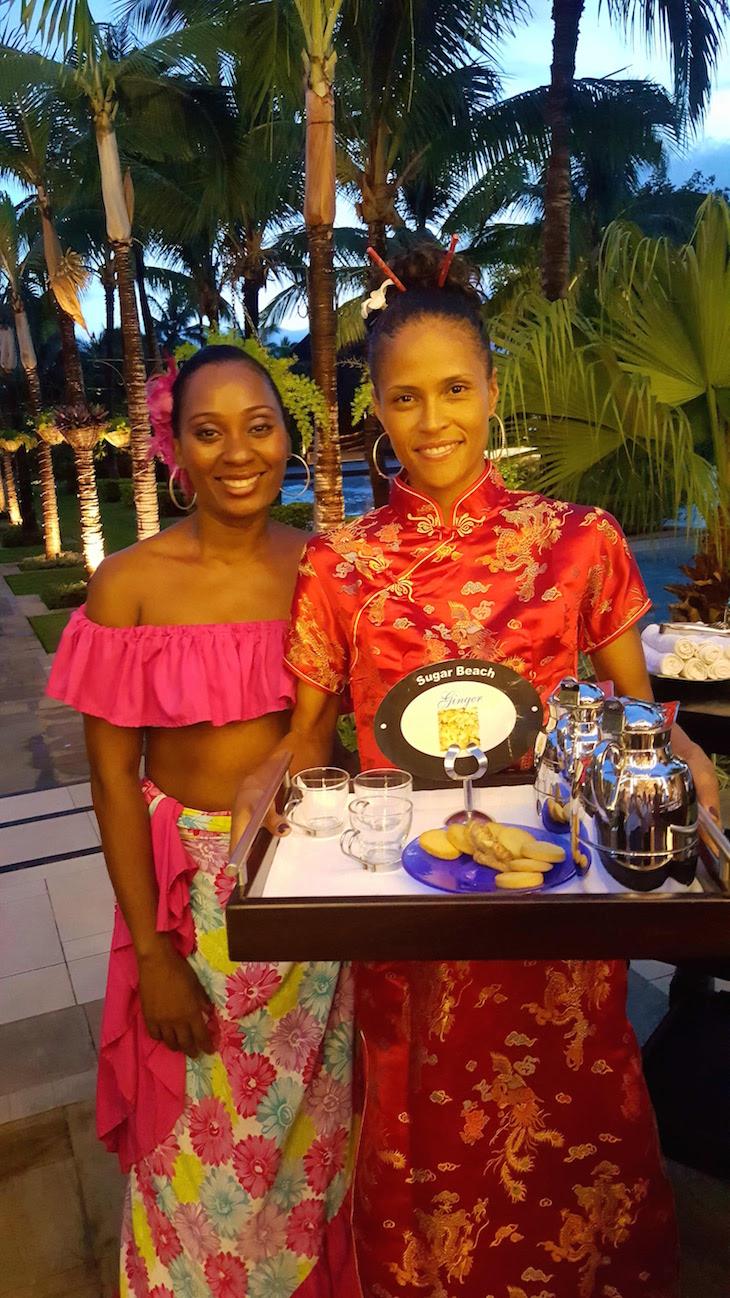 Boas vindas no Sugar Beach Resort, com chá e biscoitos - Maurícias © Viaje Comigo