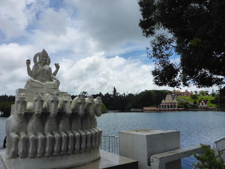 Templo Ganga Talao - Ilhas Mauricias © Viaje Comigo1