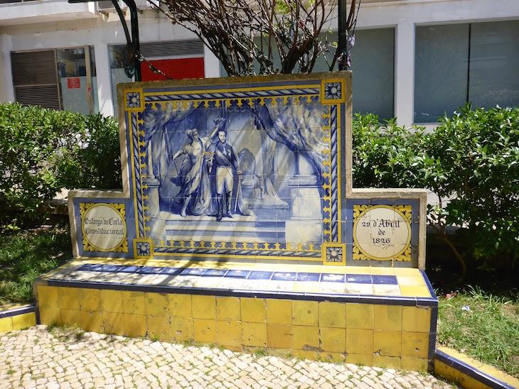 Outorga da Carta Constitucional (29 de abril de 1826) - Jardim 1º Dezembro em Portimão © Viaje Comigo