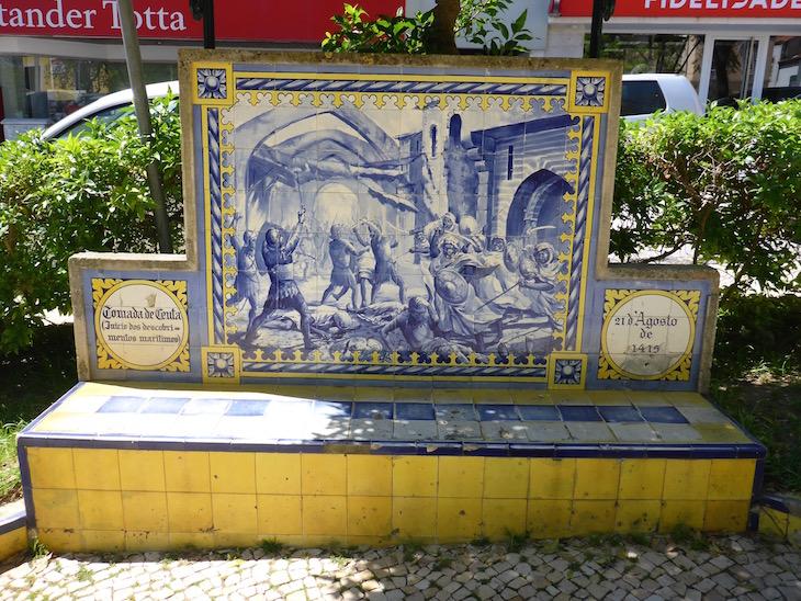 A tomada de Ceuta (21 de agosto de 1415) - Jardim 1º Dezembro em Portimão © Viaje Comigo