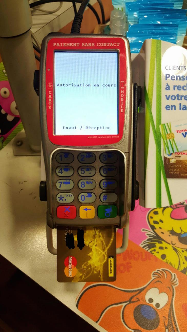 A efetuar pagamento com o Cash4Travel © Viaje Comigo