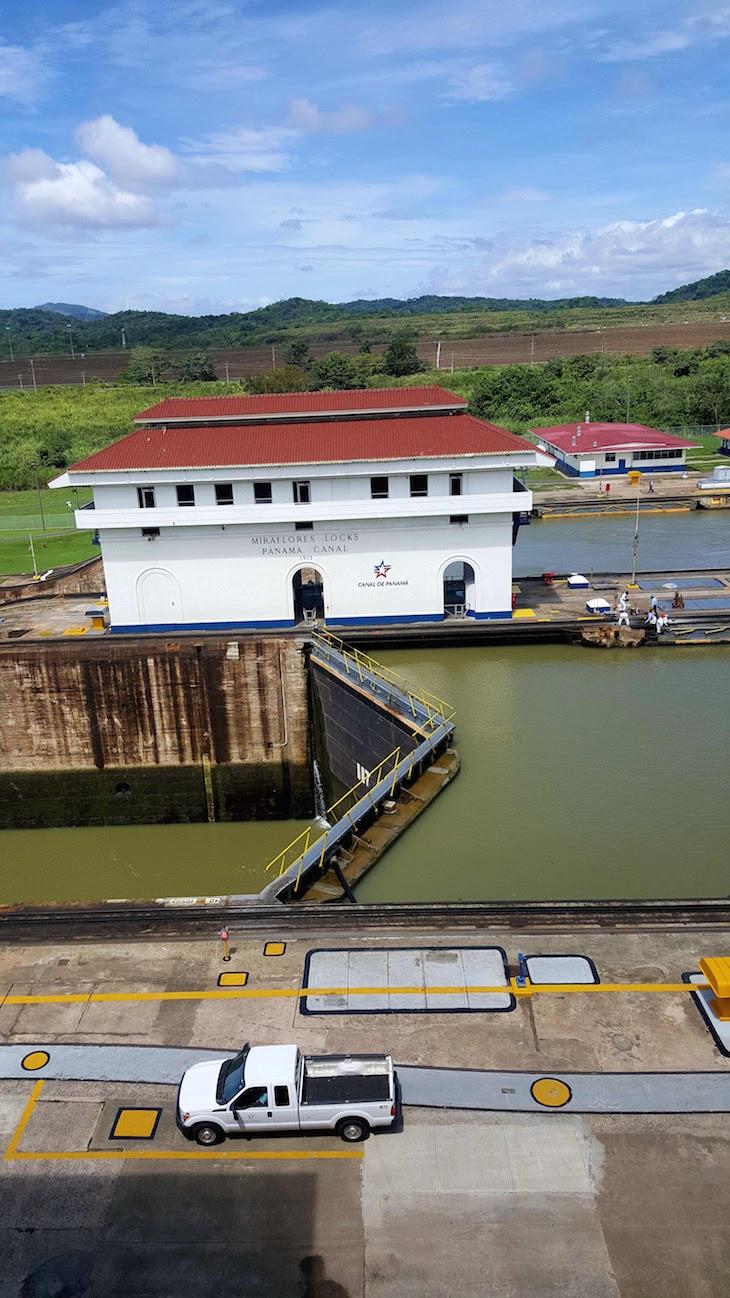 Miraflores - Canal do Panamá - Panamá © Viaje Comigo