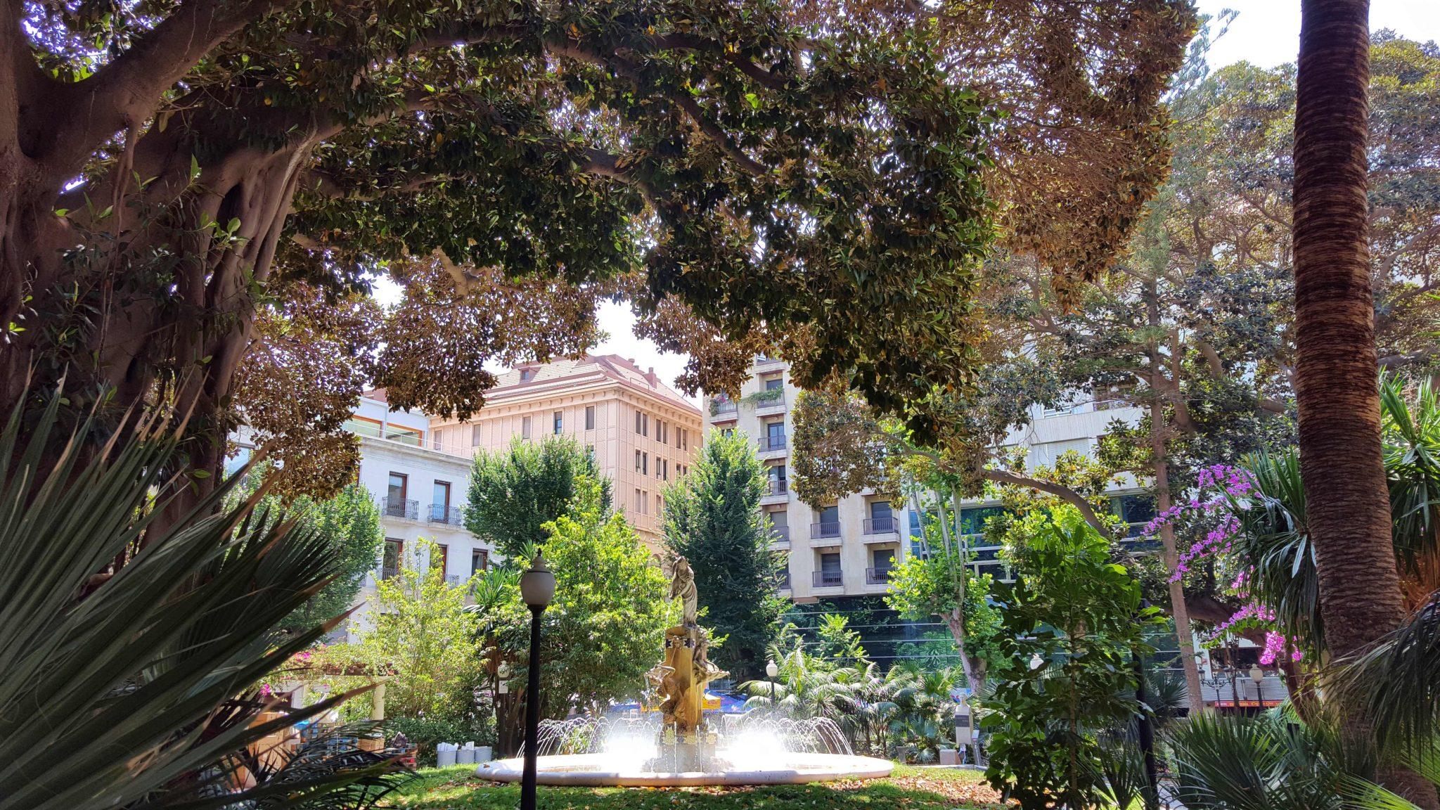 Plaza Gabriel Miró - Alicante - Espanha © Viaje Comigo