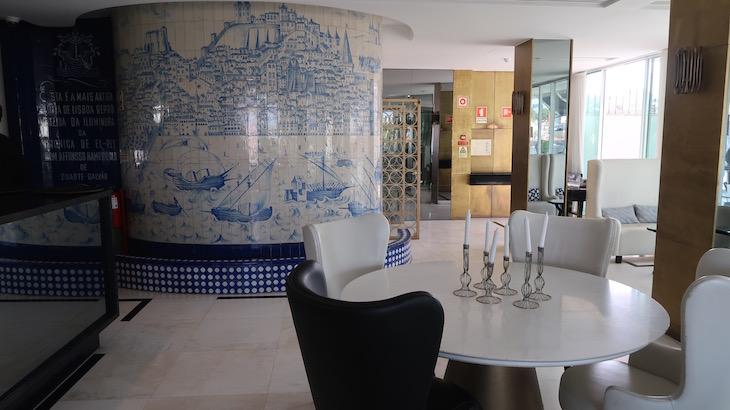 Restaurante rossio hotel altis avenida lisboa viaje comigo for Restaurante azulejos
