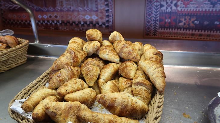 Pequeno-almoço no buffet do MSC Magnifica © Viaje Comigo