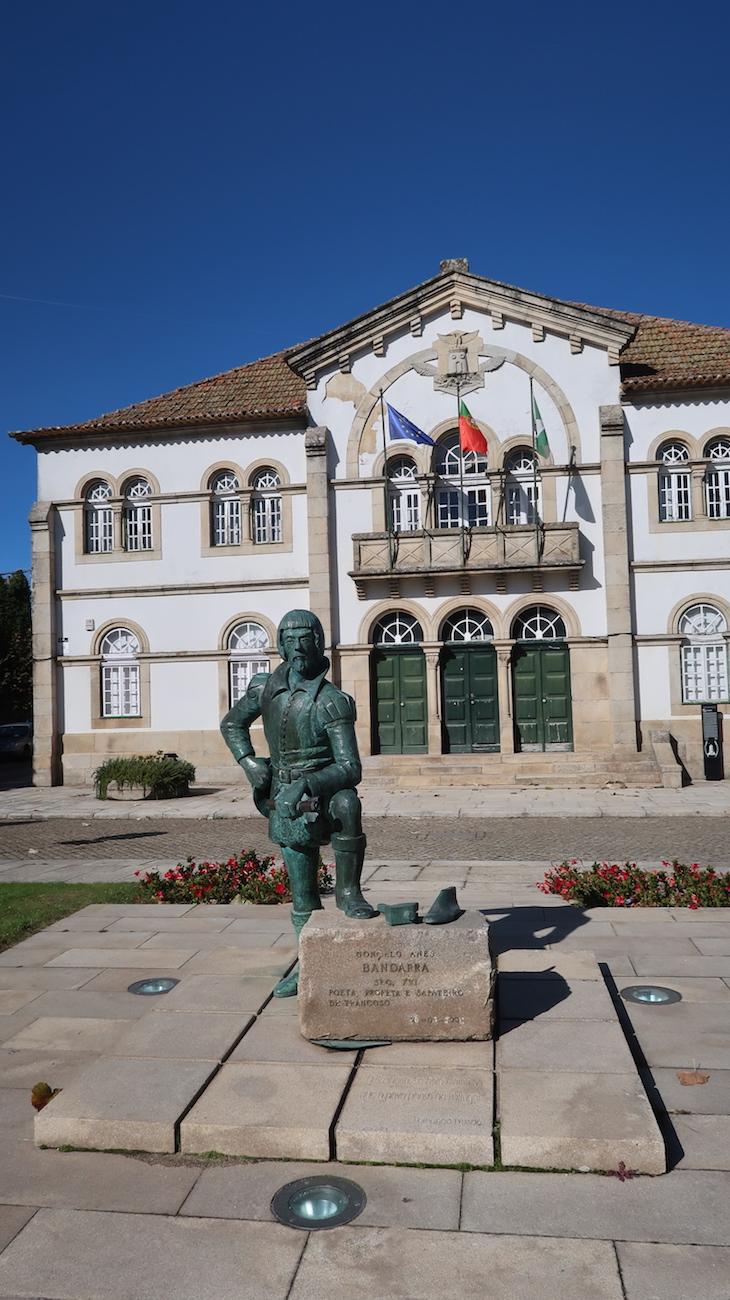 Estátua do Bandarra- Trancoso - Portugal © Viaje Comigo