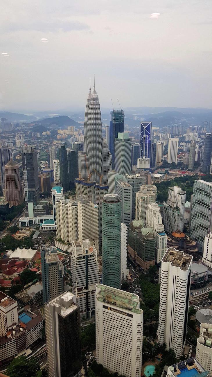 Petronas a partir da KL Tower - Kuala Lumpur - Malásia © Viaje Comigo