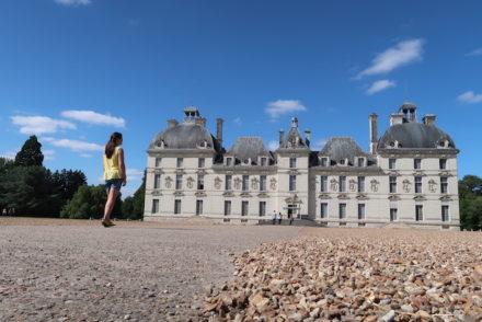 Eu e o Château de Cheverny - Vale do Loire - França © Viaje Comigo