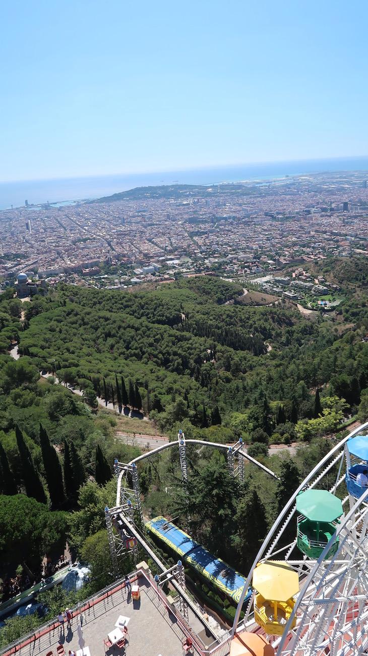 Vista sobre Barcelona a partir do Parque Tibidabo - Barcelona © Viaje Comigo