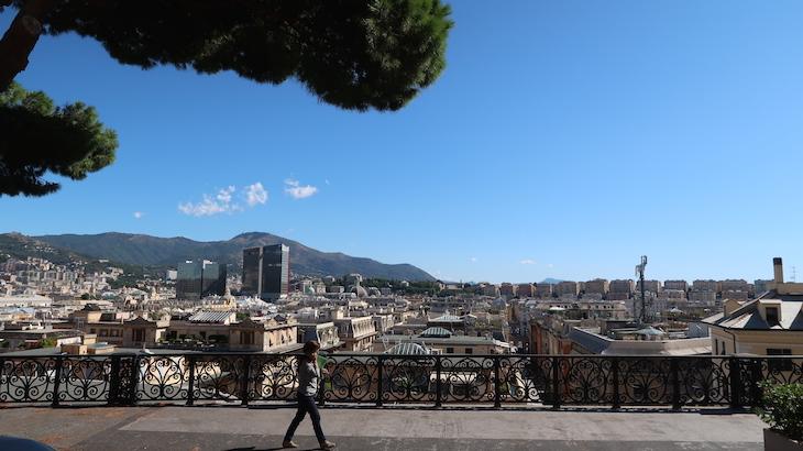 Vista sobre Génova - Itália © Viaje Comigo
