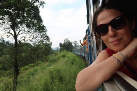 Viagem de comboio no Sri Lanka © Viaje Comigo