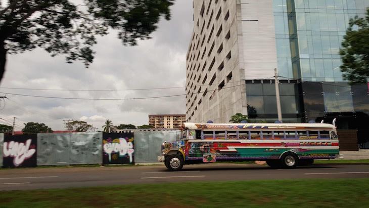 Autocarros típicos - Cidade do Panamá © Viaje Comigo